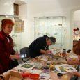 """U Galeriji grada Krapine je u četvrtak 31. siječnja 2019. u okviru projekta """"OK! Otkrijmo kreativnost"""" sufinanciranog od Europske unije iz Europskog socijalnog fonda održana 2. radionica Umjetničke keramike – […]"""